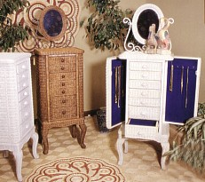 Wicker Bar Stools | Wicker Planters | Wicker Screen