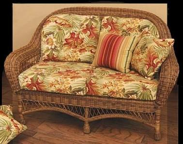 wicker outdoor loveseat