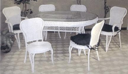 wicker furniture - oval bistro table with bistro chairs #4826
